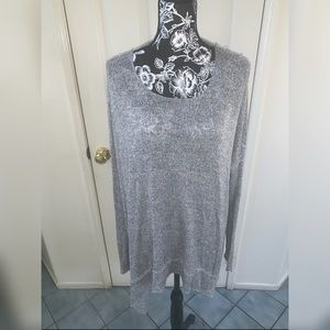 Tops - Long sleeve with open back top